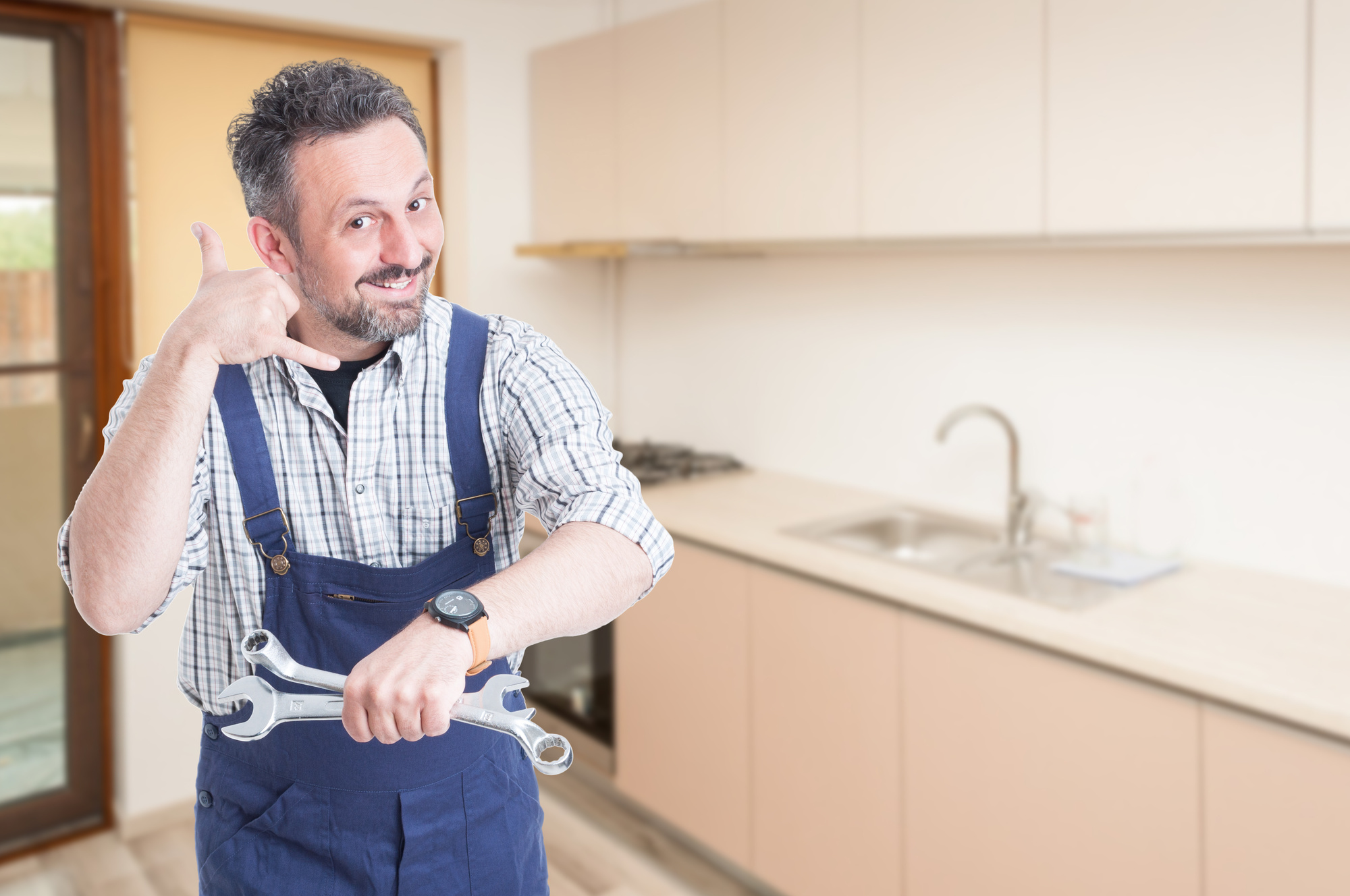 5 Signs That You Need to Call a Plumber Immediately